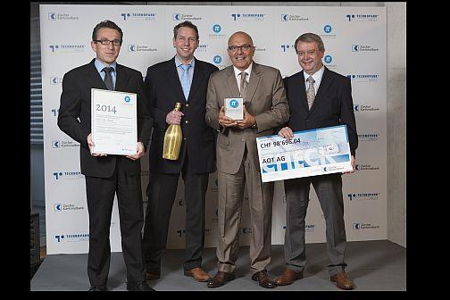 AOT AG gewinnt Pionierpreis 2014, von links:  Prof.  Dr. Philippe Cattim, Dr. Dr. Philipp Jürgens, Dr. Alfredo Bruno, Prof. Dr. Dr. Hans-Florian Zeilhofer